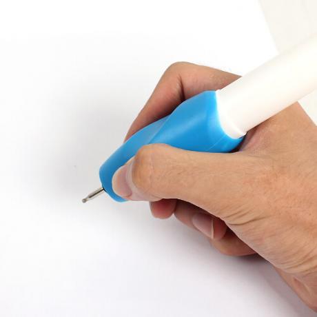 Химикалка за гравиране върху метал, пластмаса, стъкло и дърво