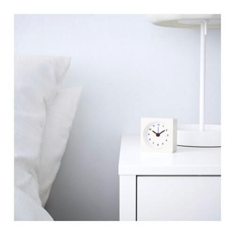 Будилник за нощно шкафче