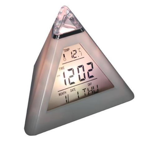 LED будилник и метеостанция с форма на пирамида светещ в 7 цвята
