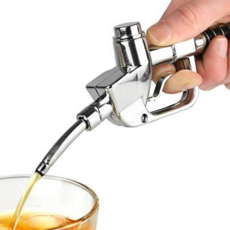 Диспенсър за напитки ретро бензинова колонка