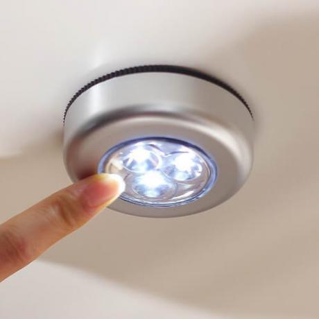 LED луничка на батерии