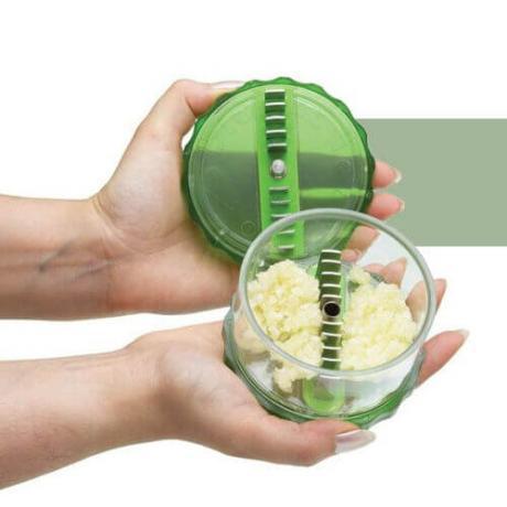 Преса за смилане и накълцване на подправки и чесън Garlic Pro