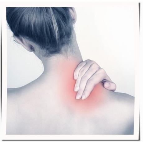 Магнитна турмалинова яка срещу болки и схващания във врата