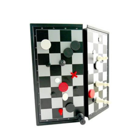 16 забавни игри в едно (шах, табла и много други)